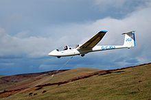 220px-Glider_bungee_launch